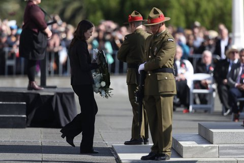 New Zealand and Australia Honour Fallen Heroes at Anzac Day 2019