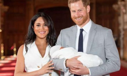 Royal Couple reveals Baby Archie to the world